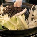 54249854 - H28.3 鍋と野菜