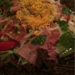Nakamura - 卵と生ハムのサラダ。いきなりイタリアンちっく
