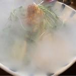 麺鮮醤油房 周月 - 液体窒素投入!