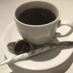 PARADISE CAFE MODERN - ランチのコーヒー