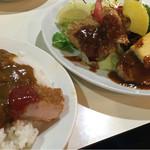 レストランいづみ - 日替りランチ(800円)+カレー掛け(100円)