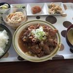 高田屋食堂 - 料理写真:ホルモン定食