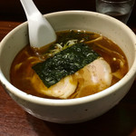 歩 - 料理写真:らー麺 ¥650