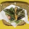 蕎仙 - 料理写真:畑から採り立ての有機野菜を揚げました