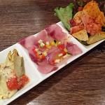 バスクバル・チャコリ - 前菜盛り合わせ3種