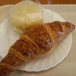 5426323 - 半熟クリームパンとクロワッサン