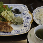 カフェ処 三日月 - 料理写真:パールポークの生姜焼き@980