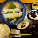 新造屋 - アオリイカ刺身定食 2500円(税別)+大盛り200円