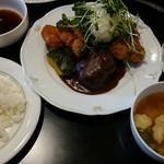 手作り洋食の店 ぱ・らんて - ぱ らんてランチ ハンバーグとおろしヒレカツ