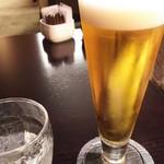 ANAクラウンプラザホテル大阪 ロビーラウンジ - 1607_ANAクラウンプラザ_ロビーラウンジ_生ビール