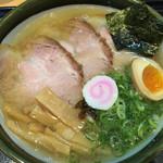 麺屋 藤 - 阿波地鶏塩ラーメン 大  910円