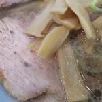 岳乃屋 - チャーシュウ麺