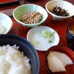 まるまつ - 納豆定食(\298税抜き)温玉は+\10