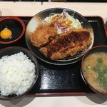 松のや - ロース、ヒレかつ定食(豚汁変更)