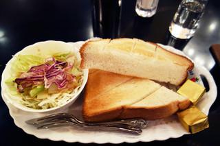 カフェ・ド・巴里 池袋西口店 - トースト