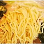 54281026 - スープがよく絡む麺。
