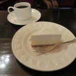 54282196 - ニューヨークチーズケーキ&珈琲