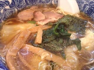 肉厚わんたん麺と手作り焼売 ら麺亭