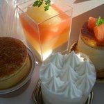 ムッシュ マキノ - ☆4種類のケーキ達(^o^)/☆
