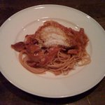 ジャズカフェ ロンドン - 自家製トマトソースのアマトリチャーナ