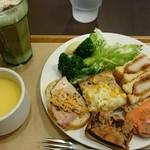 サンドッグイン 神戸屋 - ランチビュッフェ(スープ、ドリンク付き)