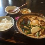 いち川 - 料理写真:味噌煮込みうどん、親子セット通常780円→500円