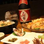東京焼酎&梅酒bar GEN&MATERIAL - お料理も充実してますのでお腹を空かせてどうぞ