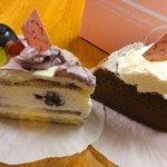 マリアサンク - ぶどうの宝石ショートケーキ577円、Hotガトーショコラ生クリームぞえ577円