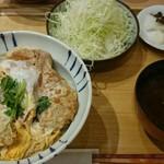 54330934 - かつ丼(ヒレ)