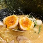 麺家 神明 - 熟成味玉