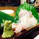 魚 串 BAR - カワハギお刺身♪たっぷり山葵が嬉しい!!
