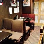 魚 串 BAR - テーブル席