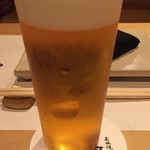 鳳 - 先ずはヱビス生ビール。