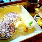 カフェ アオソラ - パンケーキ