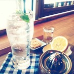 カフェ アオソラ - 生絞りレモンスカッシュ