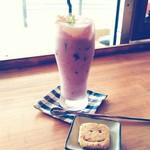 カフェ アオソラ - ミックスベリージュース