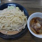 麦屋 - 肉汁うどん(並・650円)