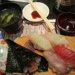 回転寿司 たいせい - 2016/7 季節の5貫盛り・味噌汁付