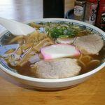 大衆食堂 ふじや - 料理写真:中華そば 500円