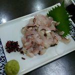 黒潮丸 - 鱧の刺身 900円