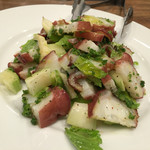 マカロニ - タコとセロリのサラダ
