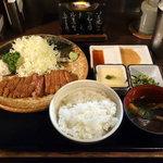 Gyuukatsumotomura - 牛かつ 麦めし とろろ定食  1300円