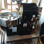 喫茶室 豆灯 - 焙煎機