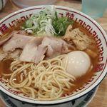 肉中華そばムタヒロ - 麺・クローズアップ