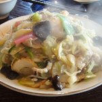 長崎亭 - 19種類の具材を使った、皿うどん(竹)