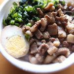 秋葉鶏排 - 魯肉飯(ルーローハン)¥400