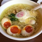 54362864 - 青森シャモロック鶏塩中華。煮卵トッピング。