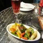 バルマル・エスパーニャ - 温野菜サラダ&カヴァのロゼ