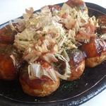 なにわ屋 - 料理写真:・たこ焼き12コ 550円