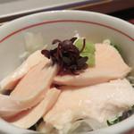 とり田 博多本店 - とりわさサラダ仕立て。